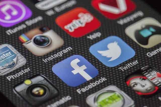 Huntsville web design social media integration